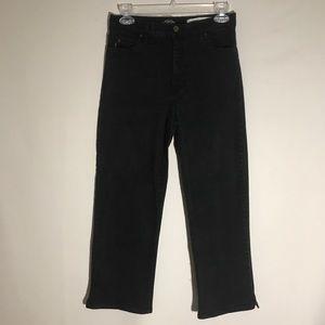 NYDJ high waist black capri pants size 2